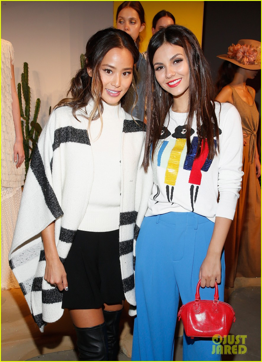 victoria justice joey king alice olivia nyfw 31
