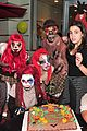 selena gomez bailee madison birthday knotts scary farm 05