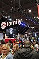 stitchers cast nycc panel signing events 27