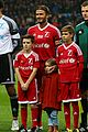 david beckham brings his 4 kids to charity soccer game 05