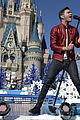 disney christmas parade full lineup pics 22