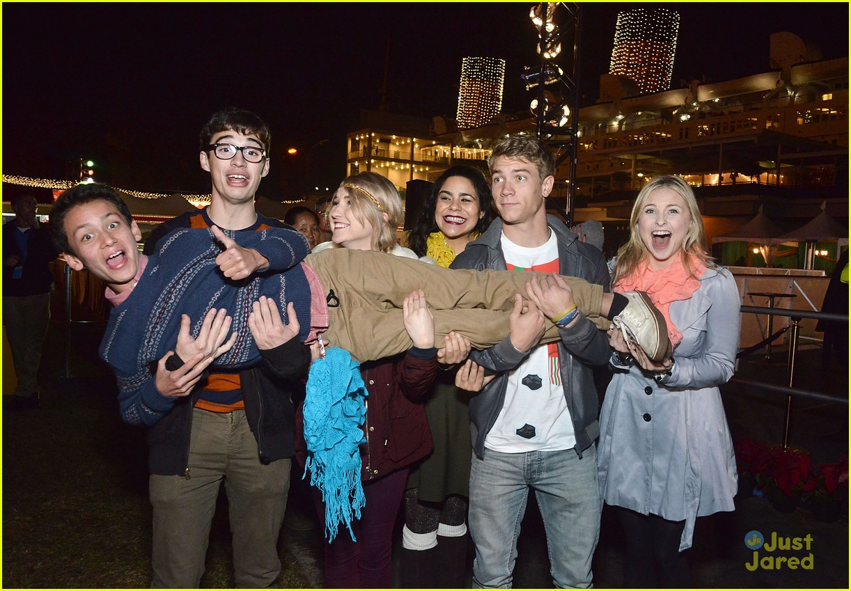 The Liv And Maddie Returns To The Queen Marys Chill Event For 2nd