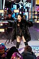 demi lovato new years eve performance 2016 09