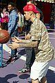 justin bieber shoots hoops universal city 06