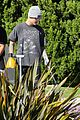 justin bieber plays a morning game of mini golf 39