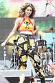 laura marano wango tango village performance pics 06