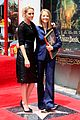 kristen stewart presents hollywood star jodie foster 01