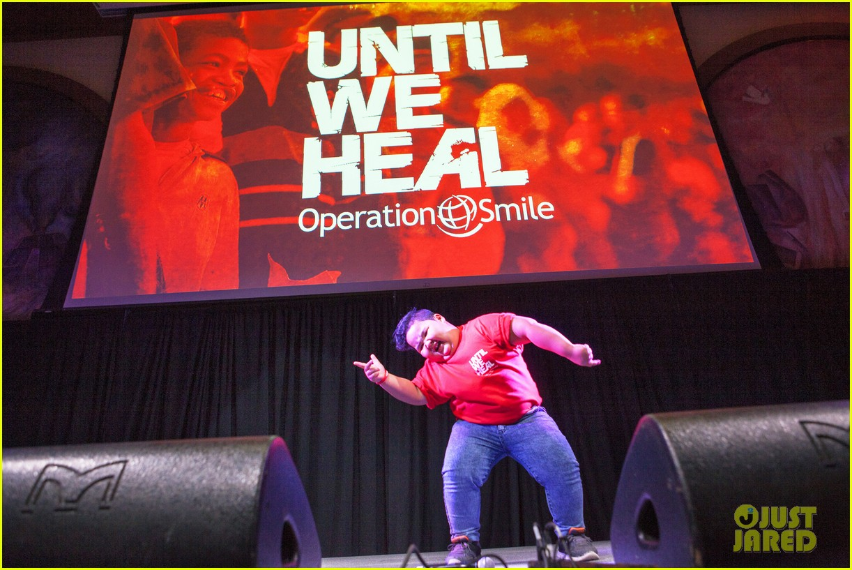michael trevino operation smile 2016 conference 33