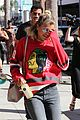 sofia richie dad lionel walk talk los angeles 12
