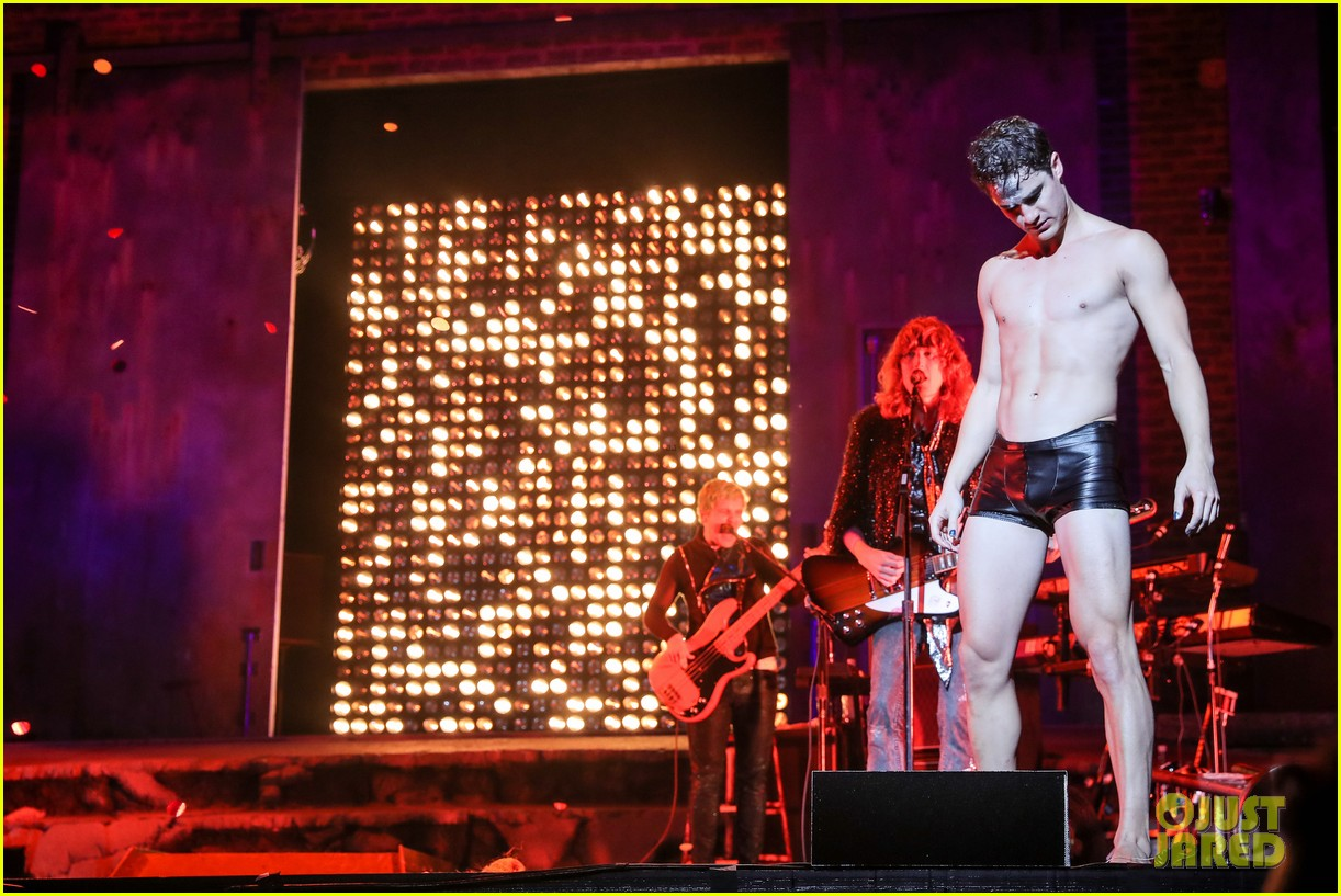 darren criss bares ripped body during hedwig opening night 04