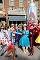 hairspray live get ready for the thanksgiving day parade 01