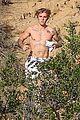 justin bieber goes shirtless for afternoon jog 19
