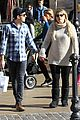 meghan trainor daryl sabara hold hands shopping 10