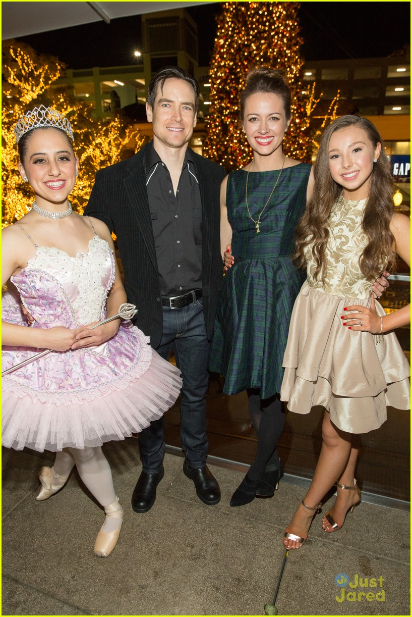 A Nutcracker Christmas Cast.Dance Moms Sophia Lucia Gets Jojo Siwa S Support At