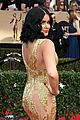 ariel winter kiss levi meaden nolan gould sag awards 17