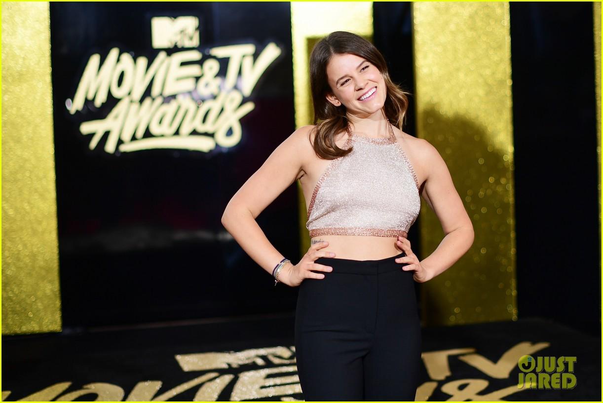 alisha boe 13 reasons why full cast mtv awards 14
