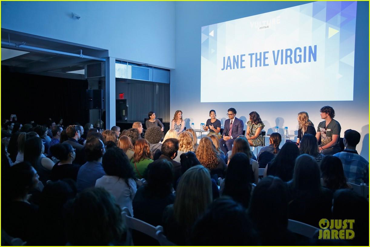 jane the virgin panel 11