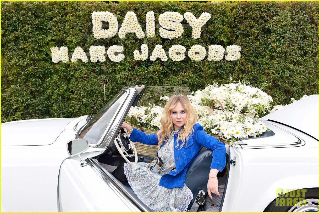 kaia geber marc jacobs daisy fragrance launch 08