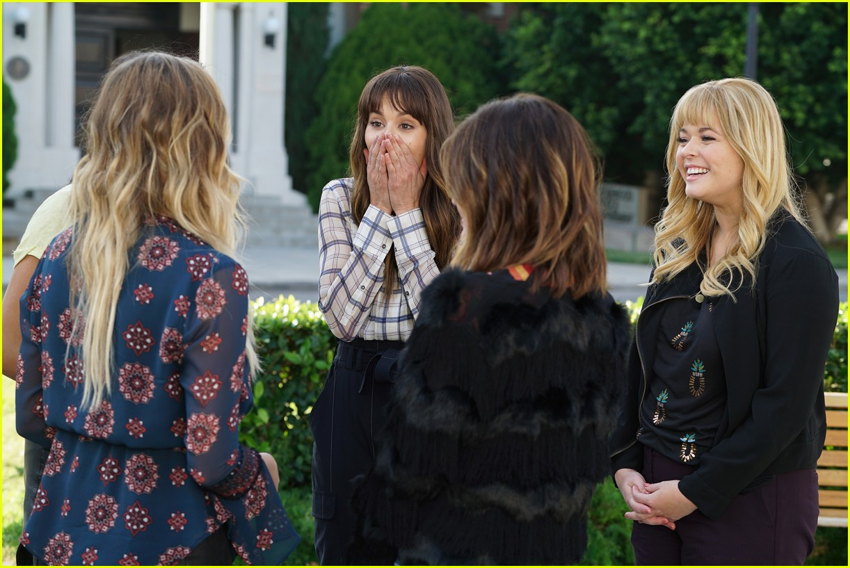 pretty little liars series finale photos 06
