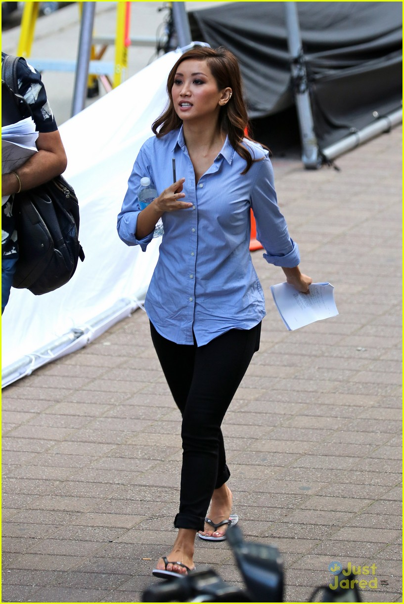 brenda song donate harvey fund 03