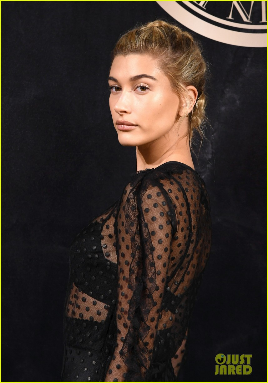 hailey baldwin jasmine sanders go sheer for loreal balmain party 01