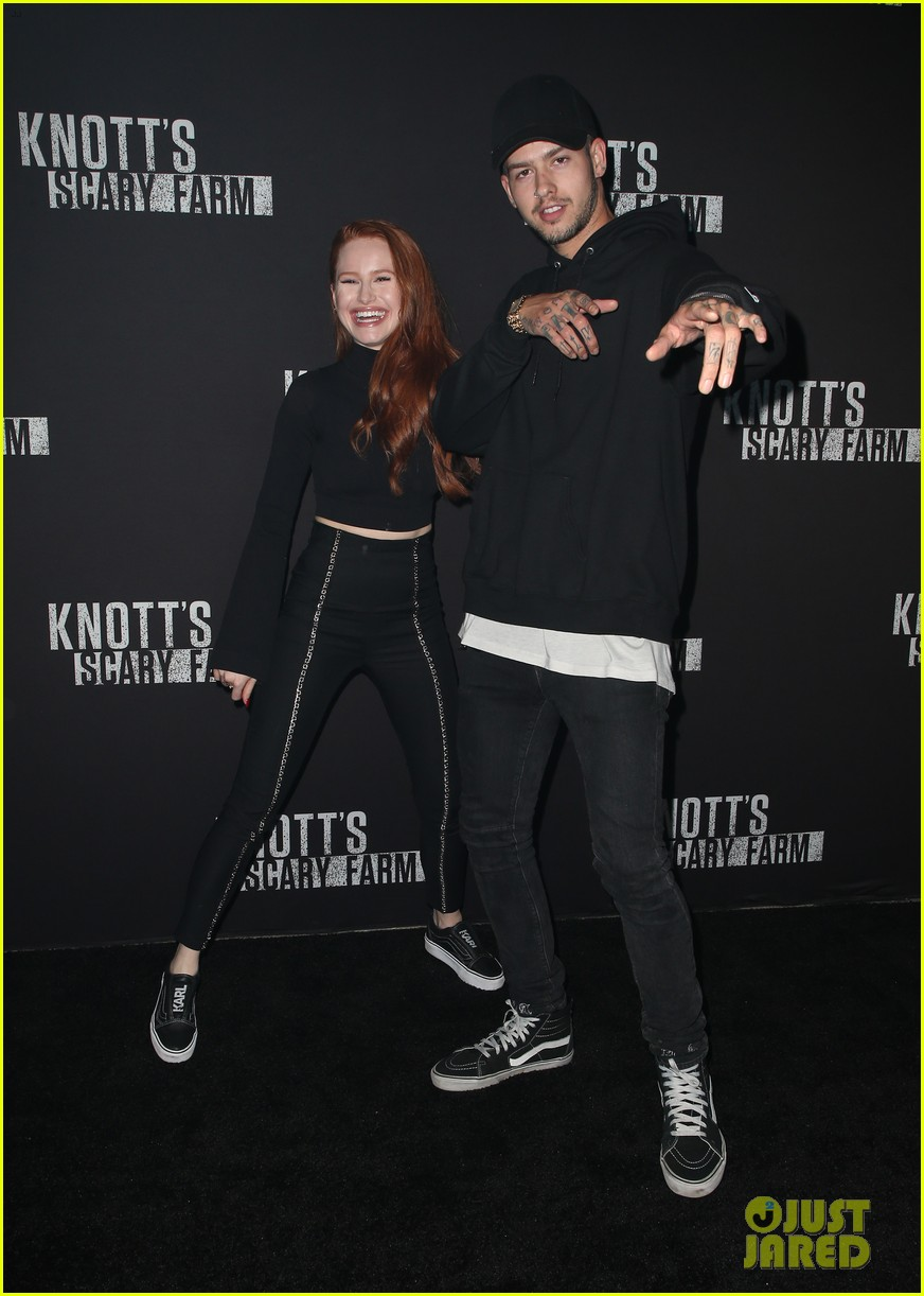 sofia carson bella thorne knotts scary farm 12