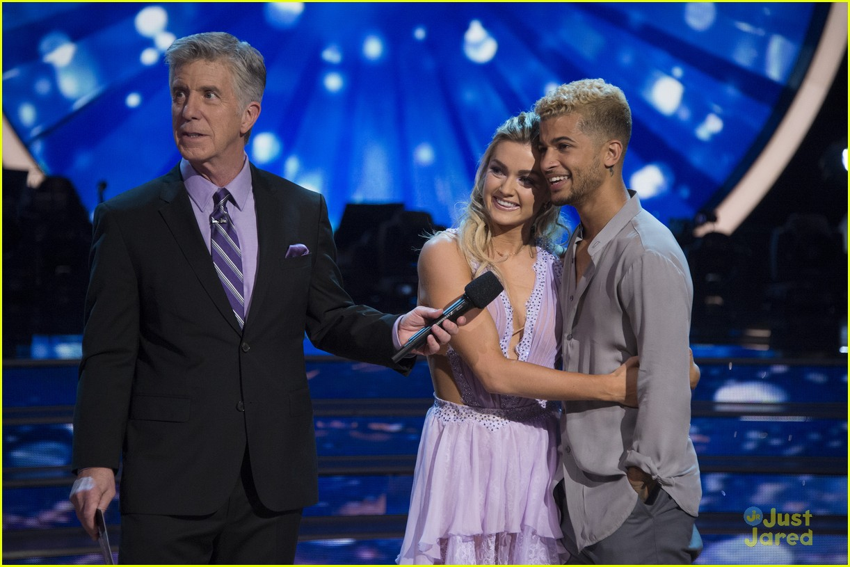 jordan fisher parents emotion dwts lindsay arnold 06