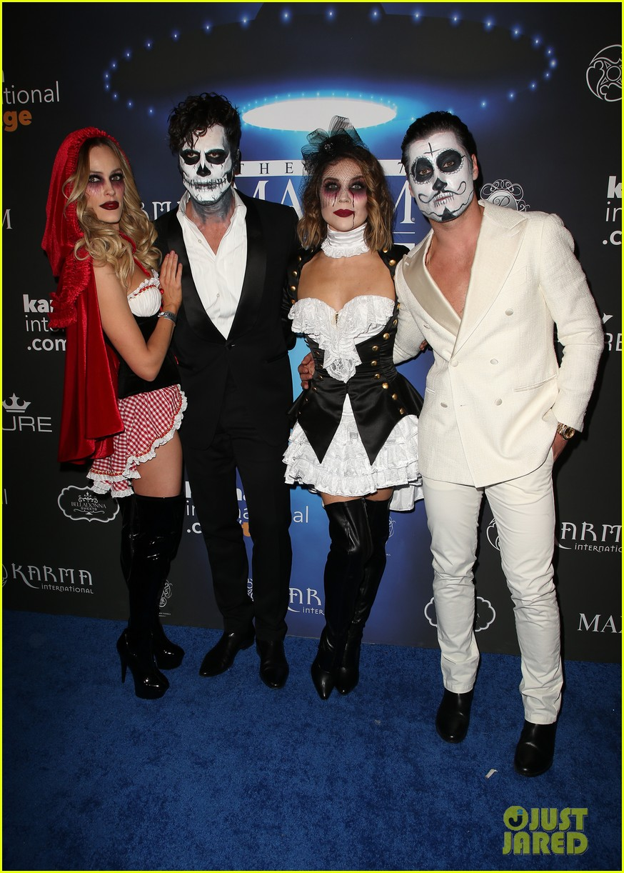 val maks chmerkovskiy show affection for their partners at maxim party 05