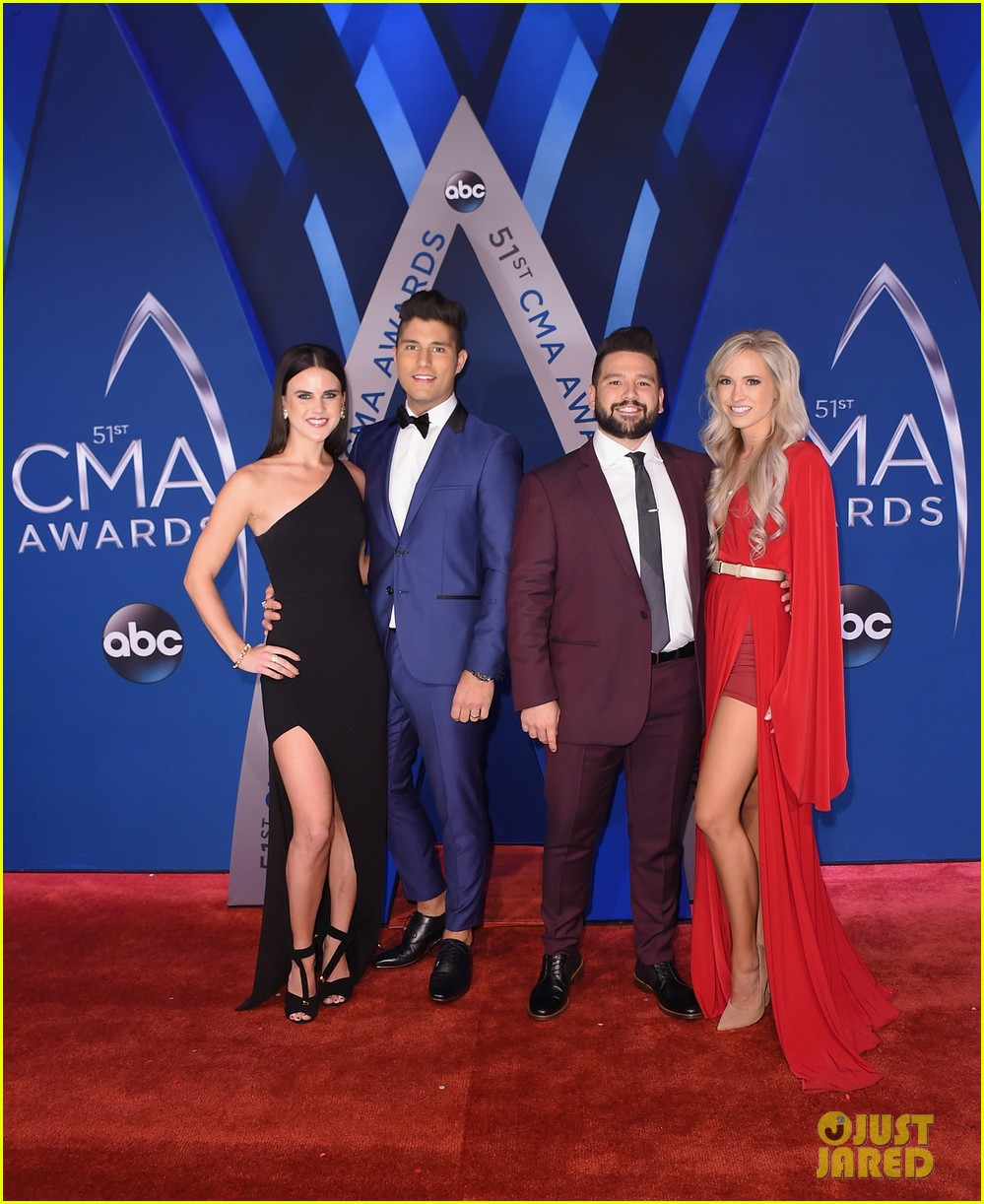 lauren alaina and dan and shay hit cma awards 2017 red carpet before performance 02