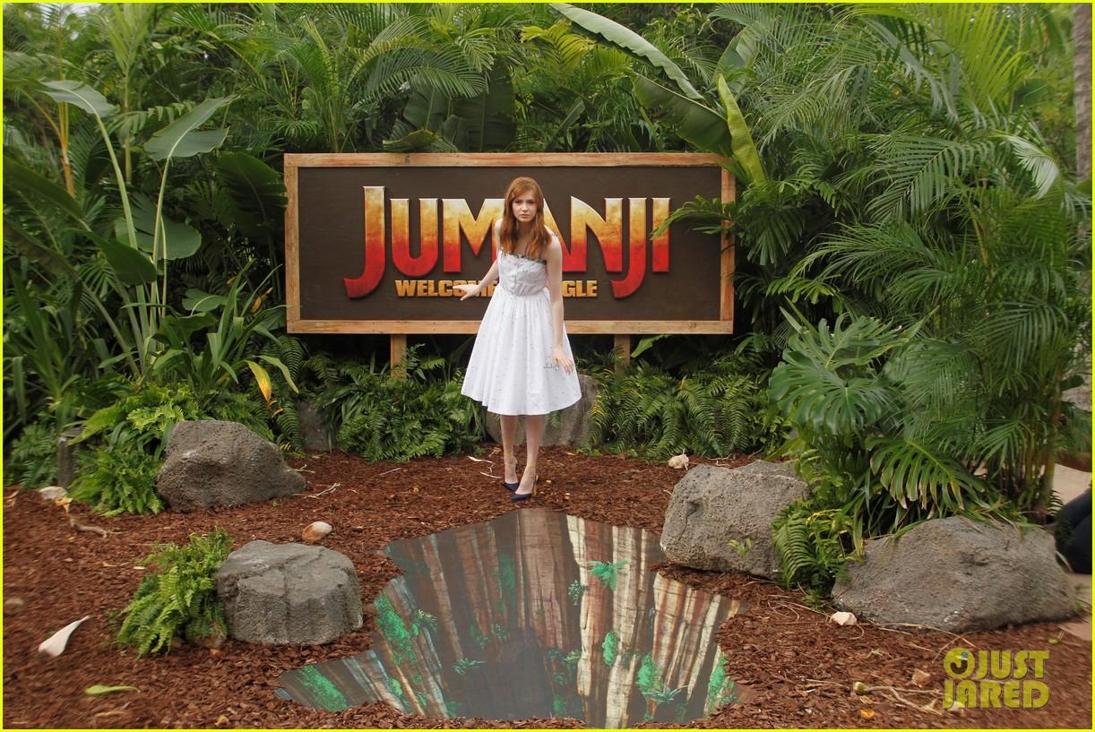 dwayne johnson nick jonas promote jumanji welcome to the jungle in hawaii 06