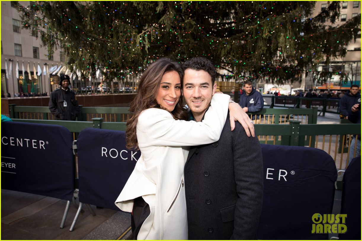 kevin jonas danielle jonas ben sherman taxis sophie join family quotes 29