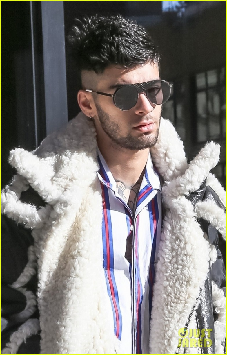 zayn malik steps out after celebraring his birthday in nyc 06