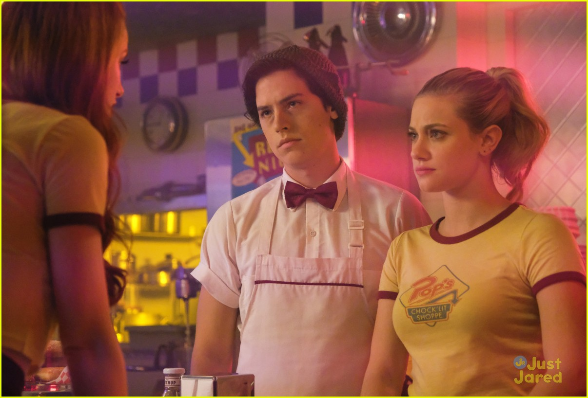 cole sprouse bughead belong together 04