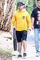 nick jonas meets up with brother joe in australia 36