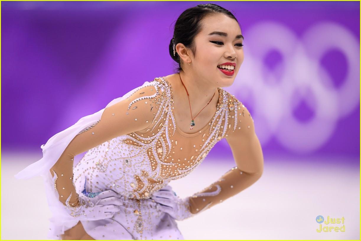 mirai nagasu inspire bradie karen on off ice 05