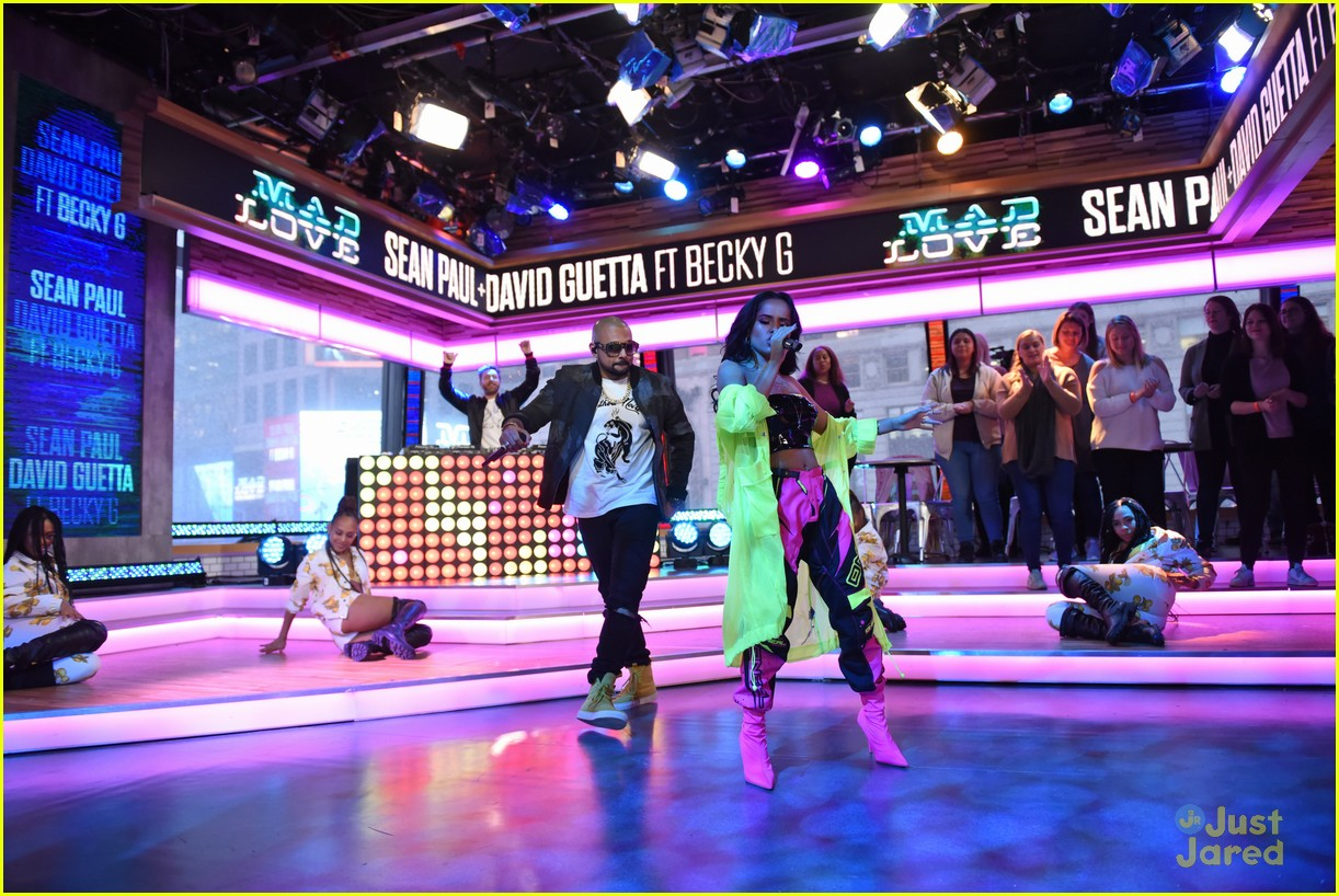 becky g sean paul gma performance pics 05
