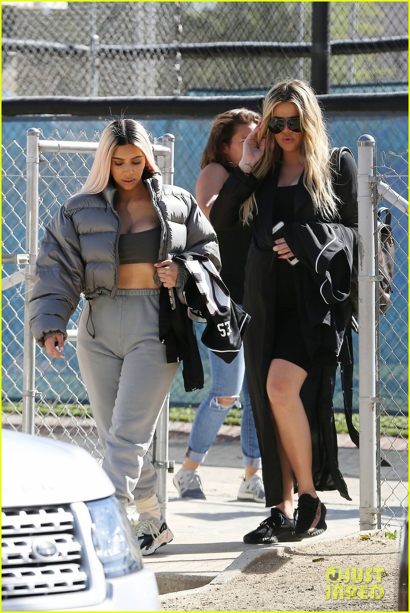 kim kardashian khloe kardashian kendall jenner baseball 27
