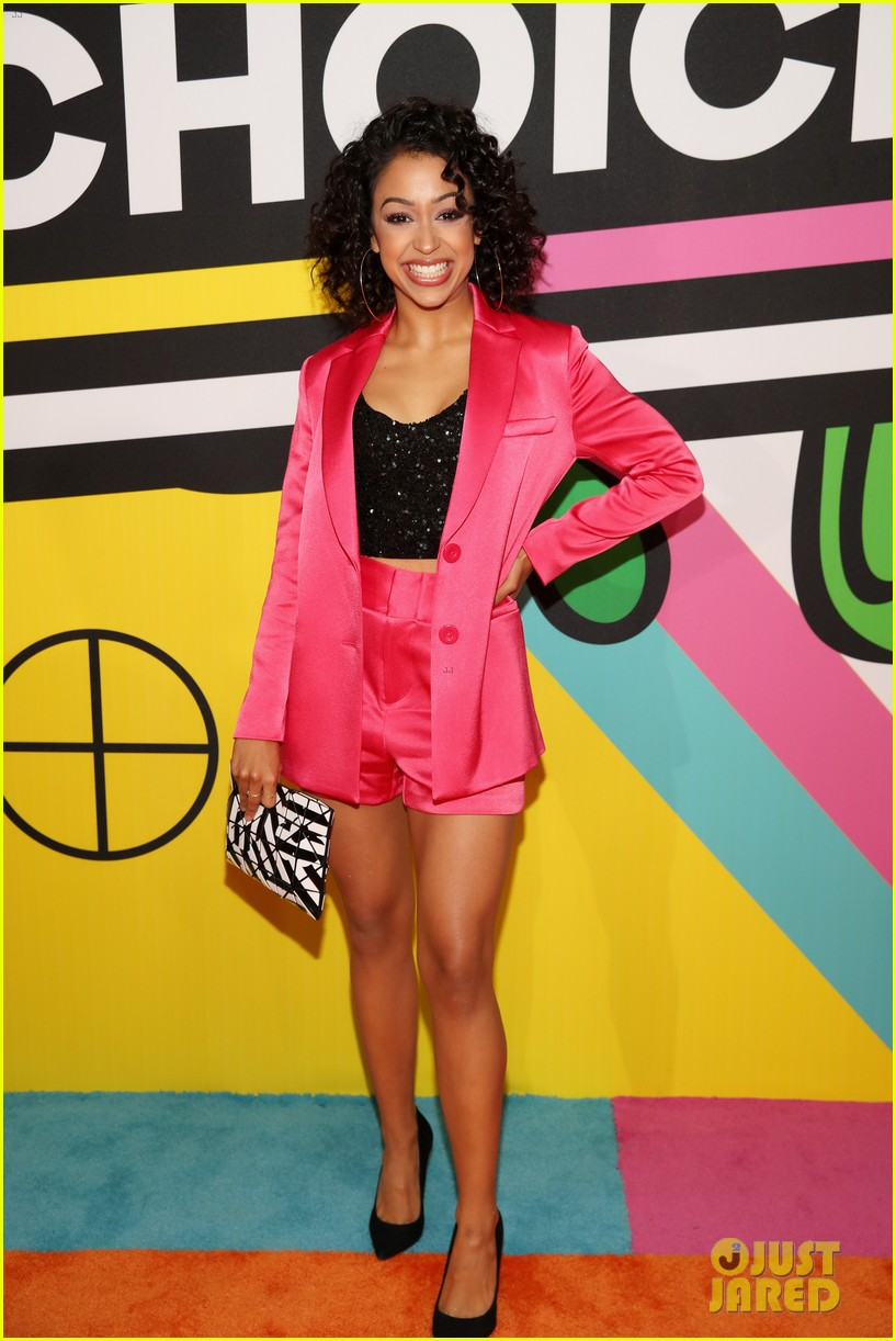 liza koshy kids choice awards 07