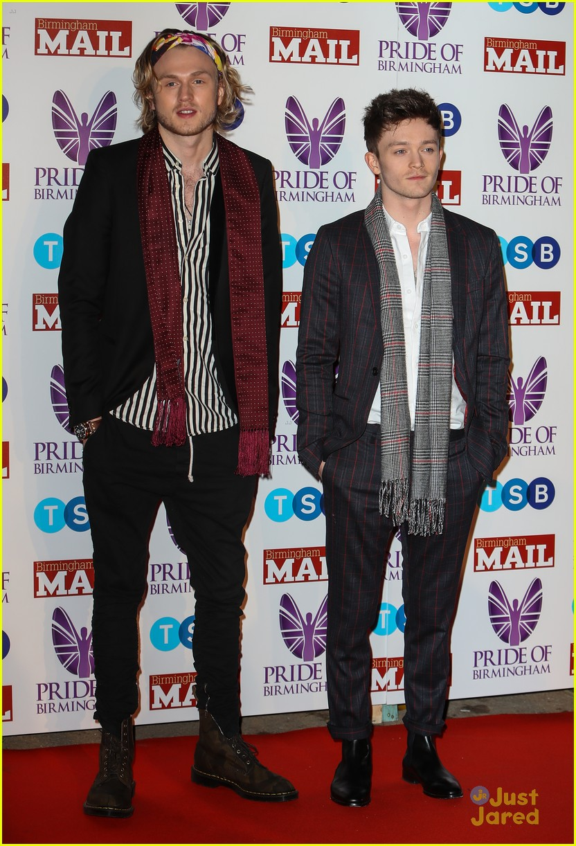 tristan connor vamps excited for tour pride awards 04