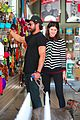 zac efron alexandra daddario pet shop march 2018 03