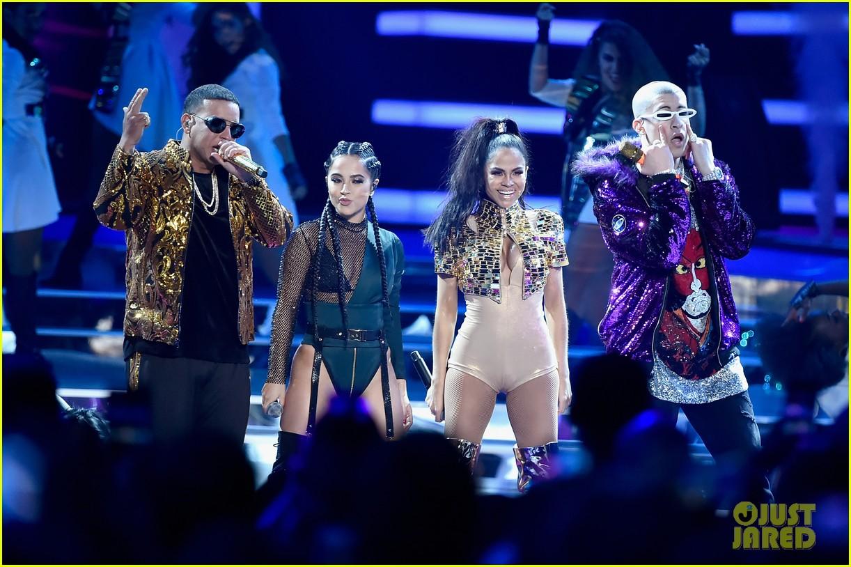 cardi b slays her la modelo performance at billboard latin music awards 2018 02