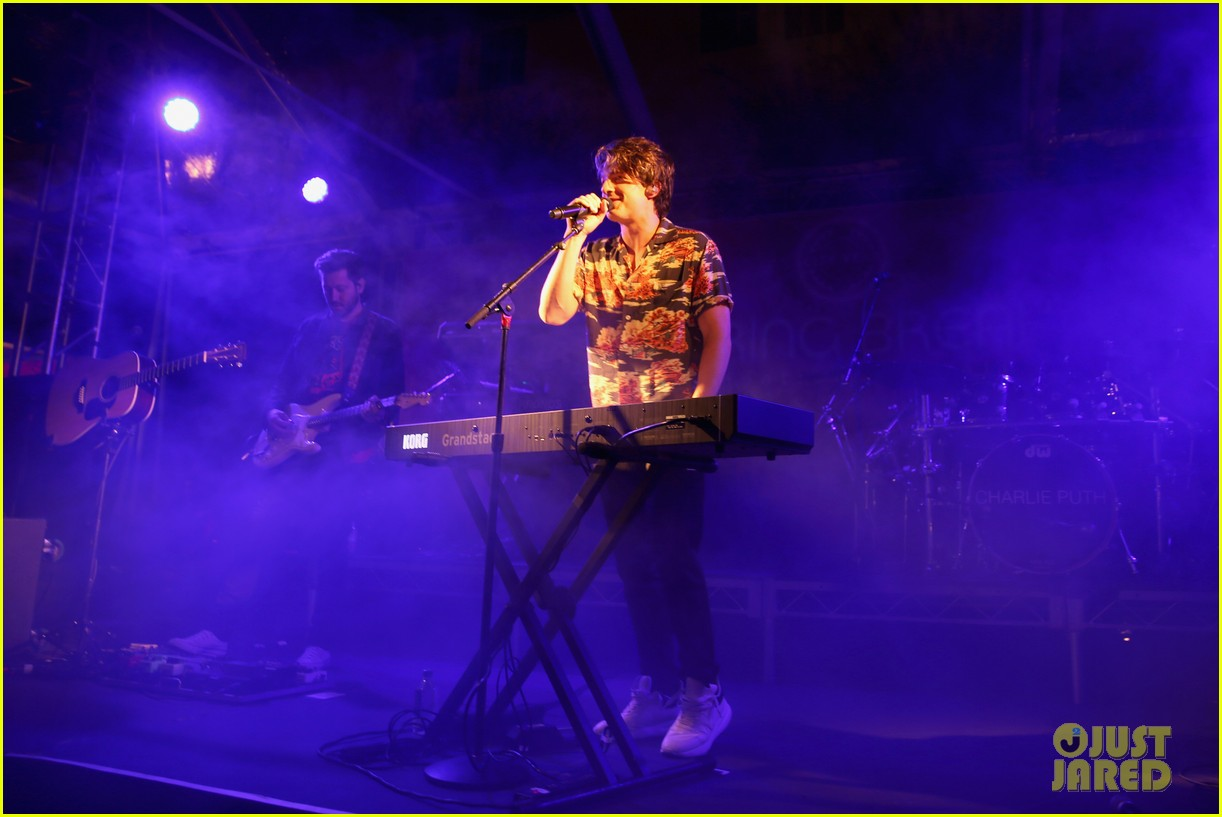 charlie puth performs at city year spring break 03