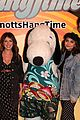 daniella perkins niki koss try new hangtime ride at knotts berry farm 18