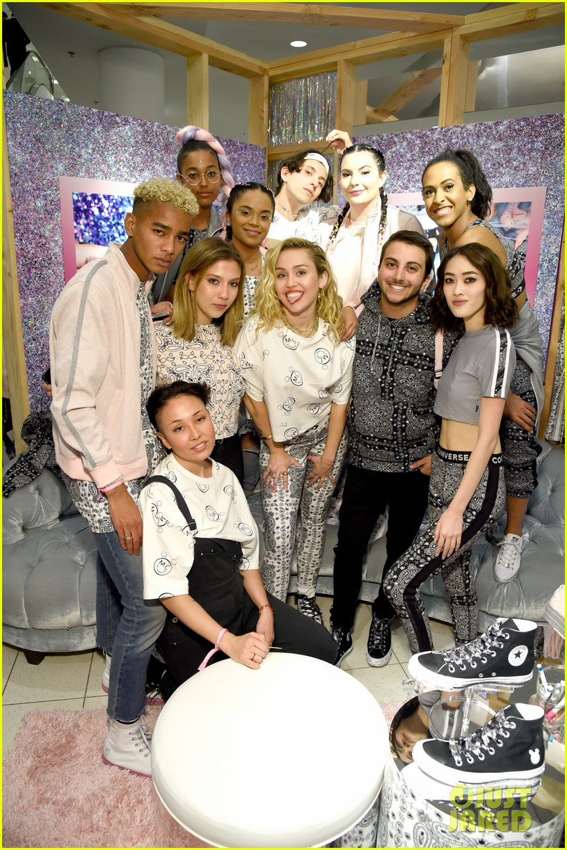miley cyrus launches converse collection at the grove 28
