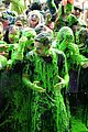 liam payne rocks out at nickelodeon slimefest in chicago 02