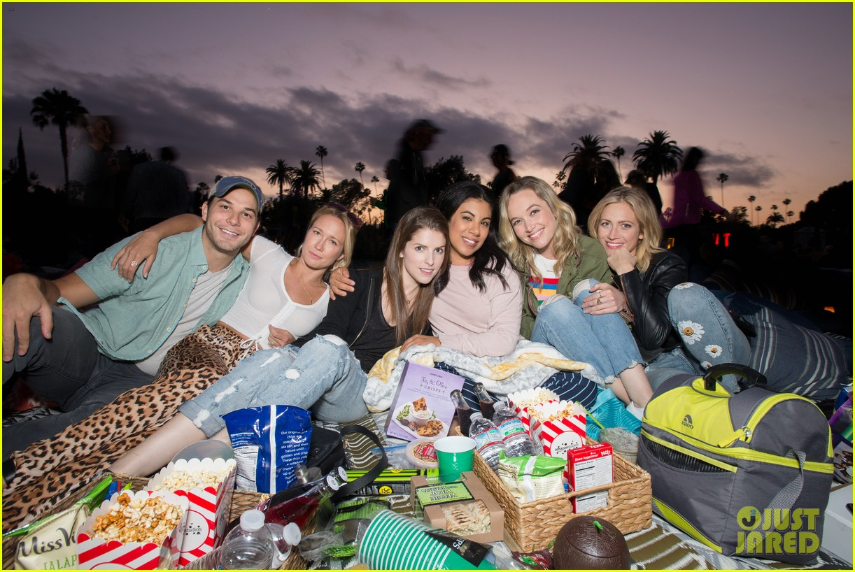 pitch perfect cast catch cinespia screening of raiders 01