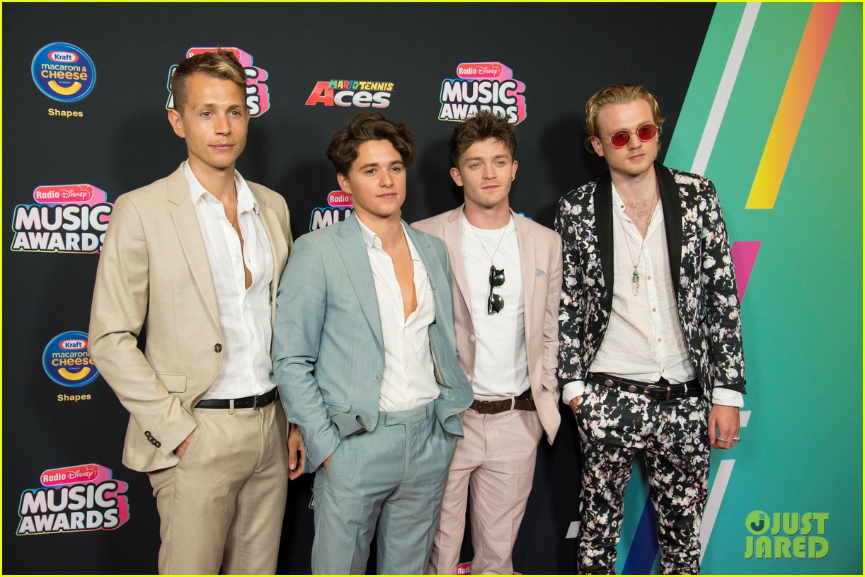 the vamps jagmac new hope club cb30 radio disney music awards 2018 07