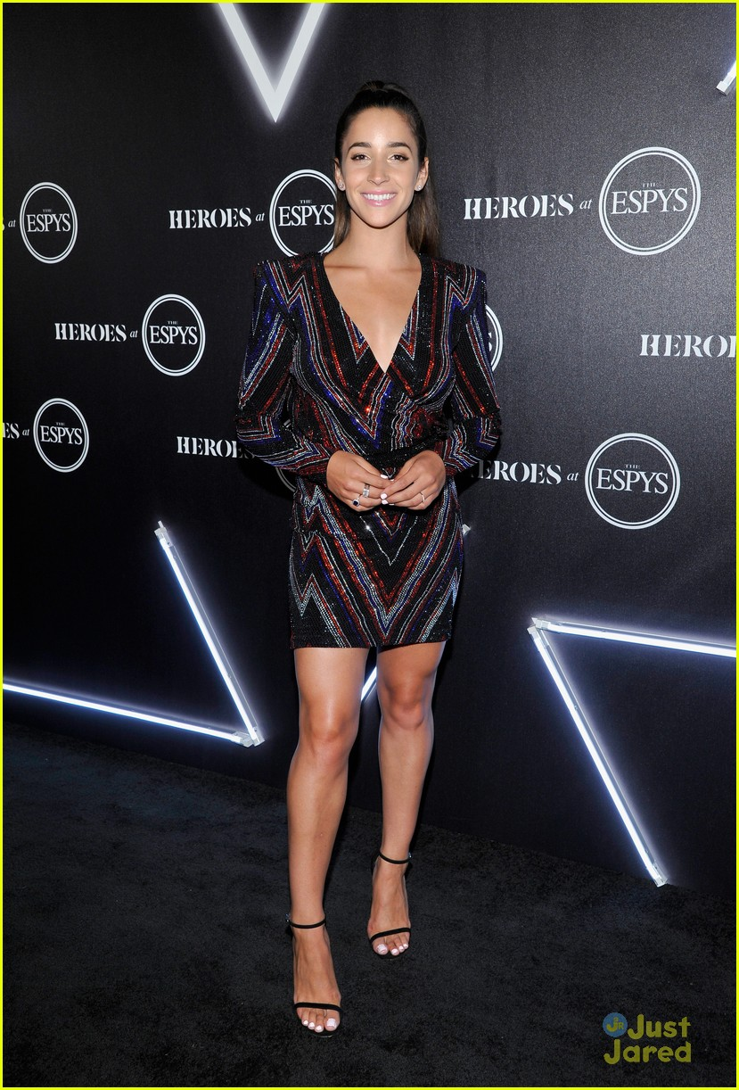 aly raisman victoria arlen sharna burgess heroes espys party 15