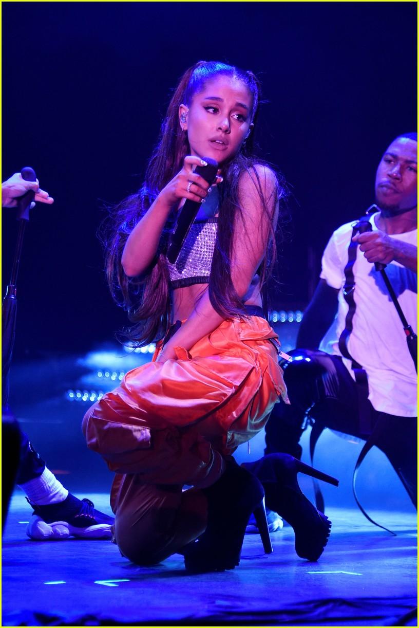 ariana grande julia michaels kelsea ballerini amazon prime day 25