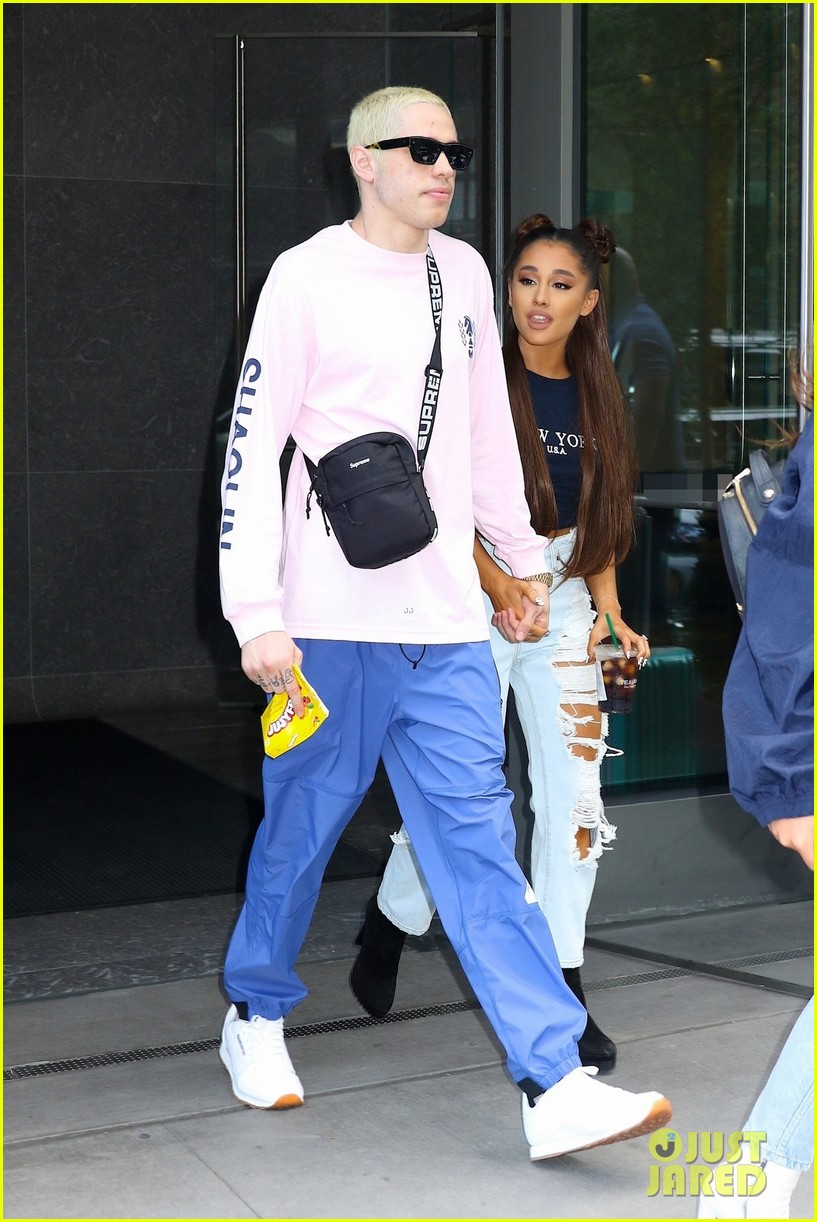 ariana grande and pete davidson step out ahead of her amazon music unboxing prime day concert 02